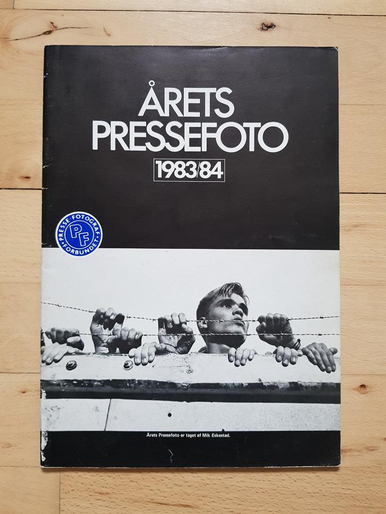 Årets Pressefoto 1983-84 udgivet af Pressefotografforbundet